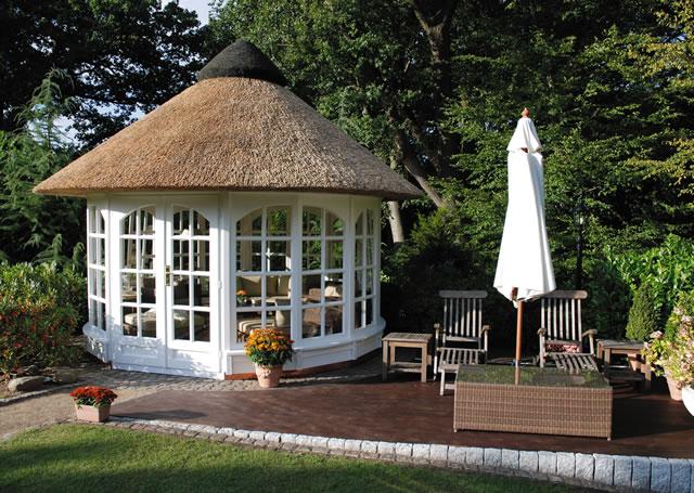 runde pavillons reetdach - kötter pavillon :: die gartenpavillon,